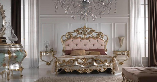 Beautiful-House-Silver-Gold-Bedroom