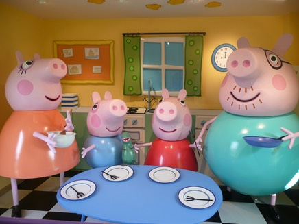 Daddy Pig and his family